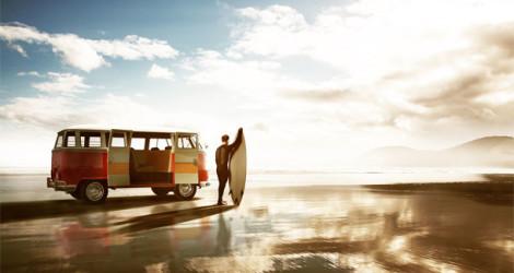 Australien: Surfer am Strang